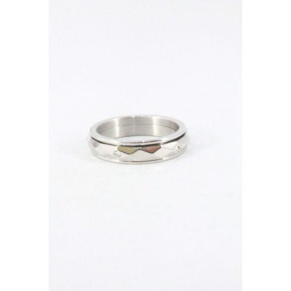 Nemesacél fazettált forgóbetétes kristályos gyűrű
