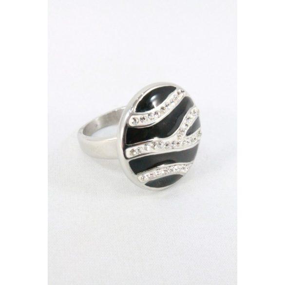 Nemesacél fekete-fehér sávozott kristályos gyűrű