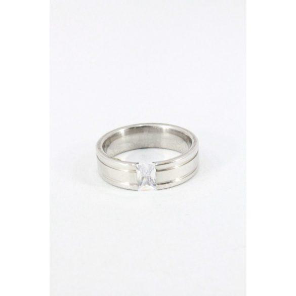 Nemesacél négyzet kristályos gyűrű, 6mm