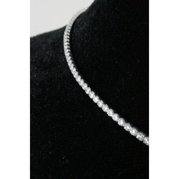 Nemesacél Swarovski kristályos Egysoros nyakék, 2mm